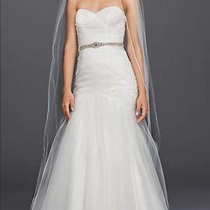 Dresses & Skirts - Wedding dress, veil, silhouette slip, sash/belt